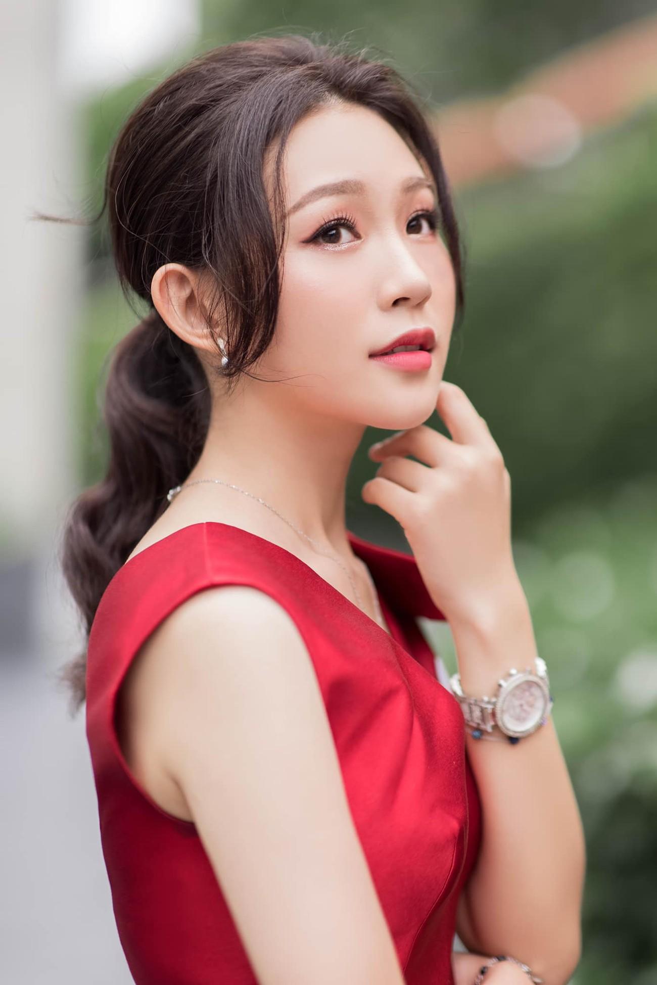 Nhan sắc tựa nàng thơ của 'Người đẹp được yêu thích nhất' Hoa hậu Việt Nam 2020 ảnh 6