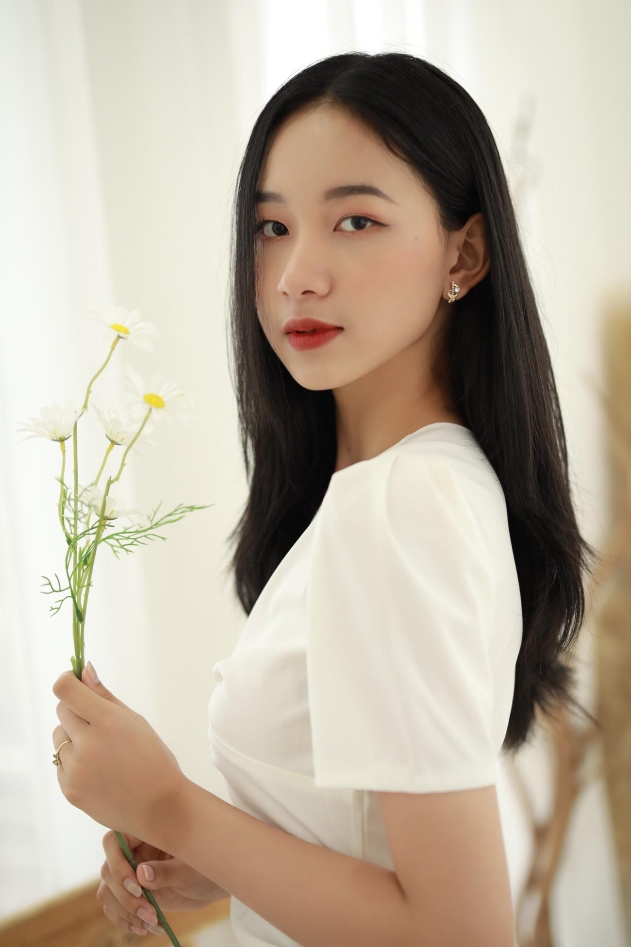 Người đẹp Cẩm Đan kiêu kỳ, Minh Anh xinh đẹp tựa nữ thần ảnh 16