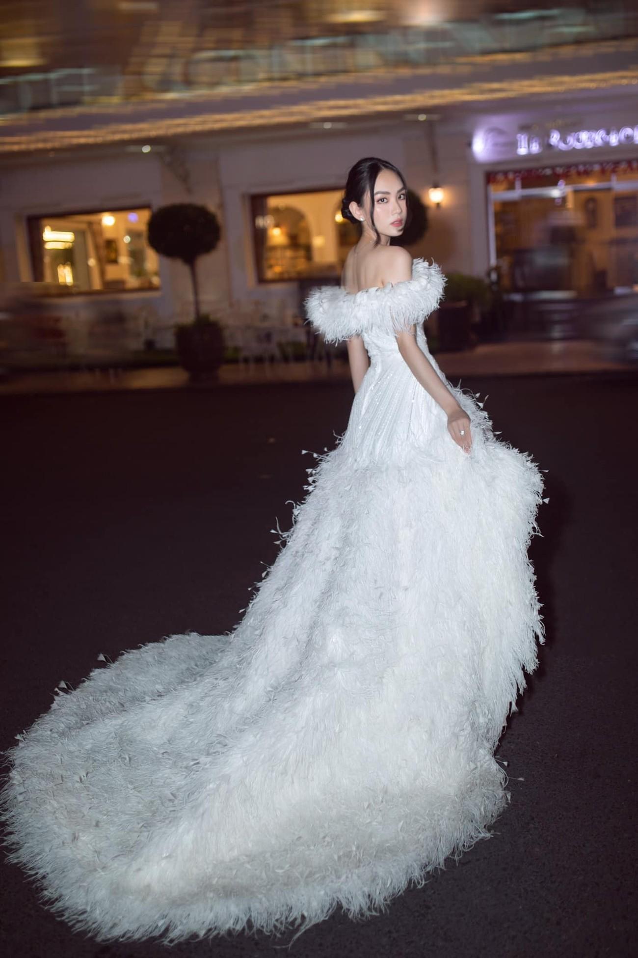 Diện váy cúp ngực gợi cảm, người đẹp Huỳnh Nguyễn Mai Phương hút hồn người nhìn ảnh 5