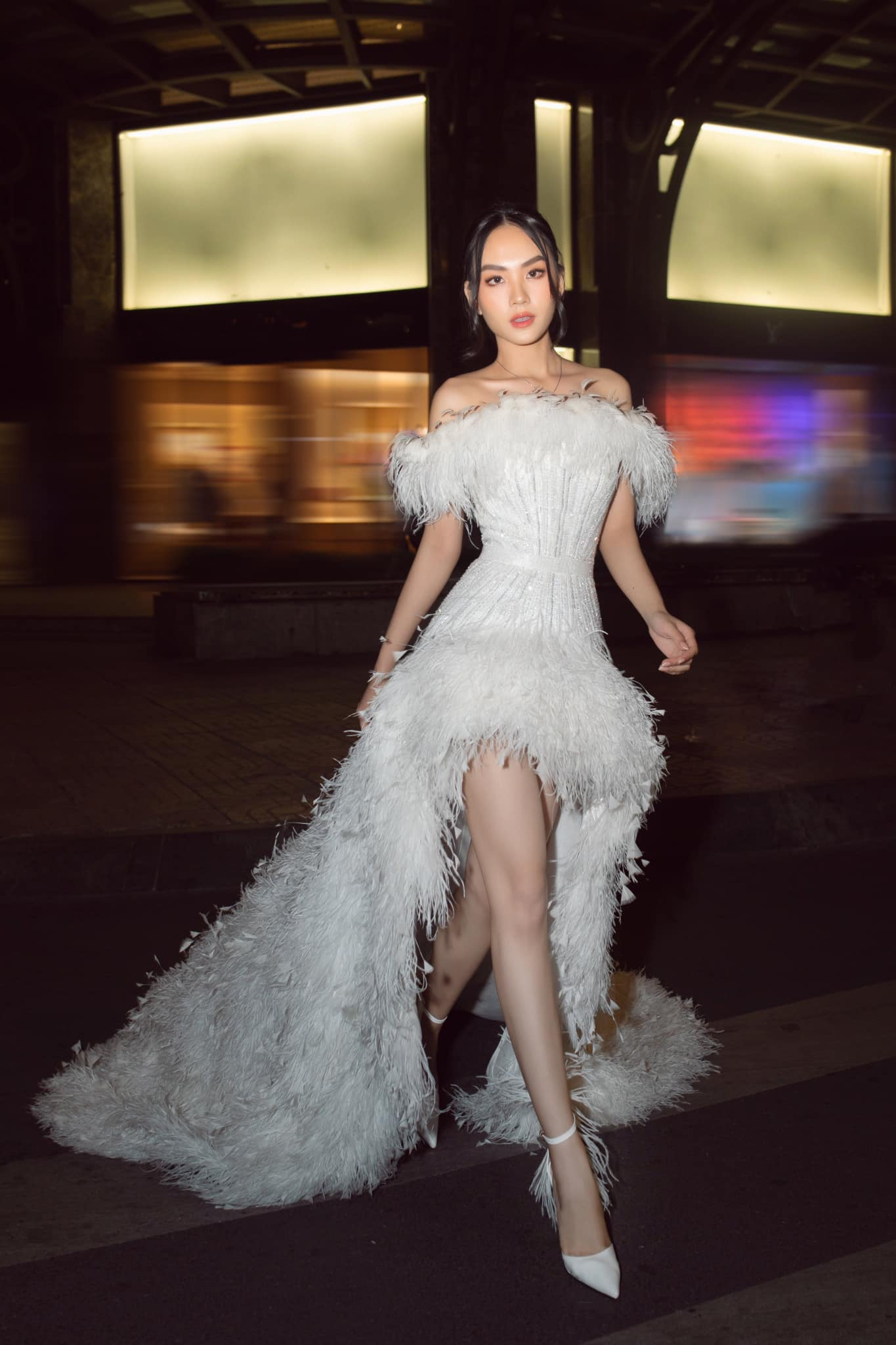 Diện váy cúp ngực gợi cảm, người đẹp Huỳnh Nguyễn Mai Phương hút hồn người nhìn ảnh 6