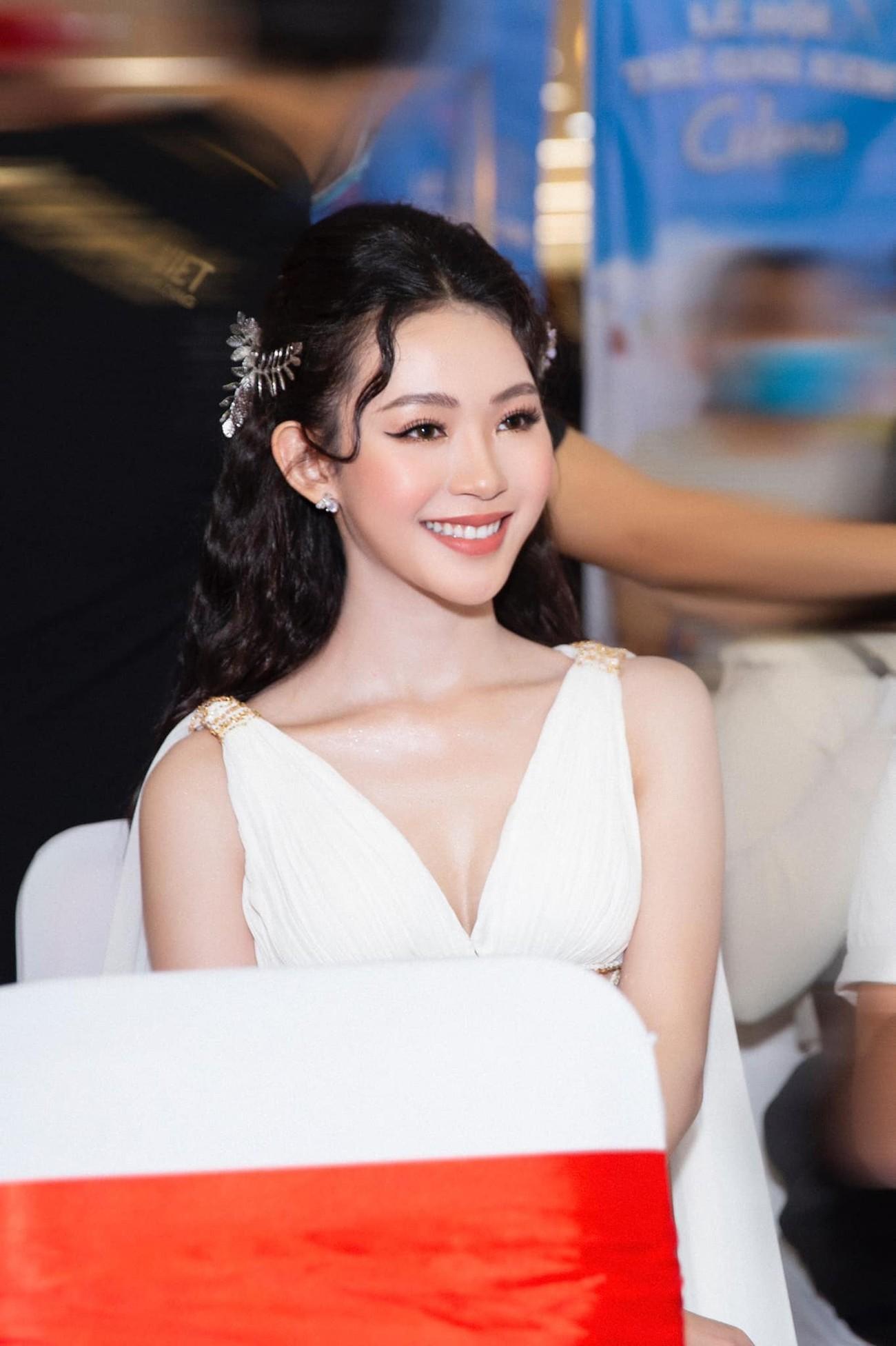 Người đẹp Cẩm Đan kiêu kỳ, Minh Anh xinh đẹp tựa nữ thần ảnh 13