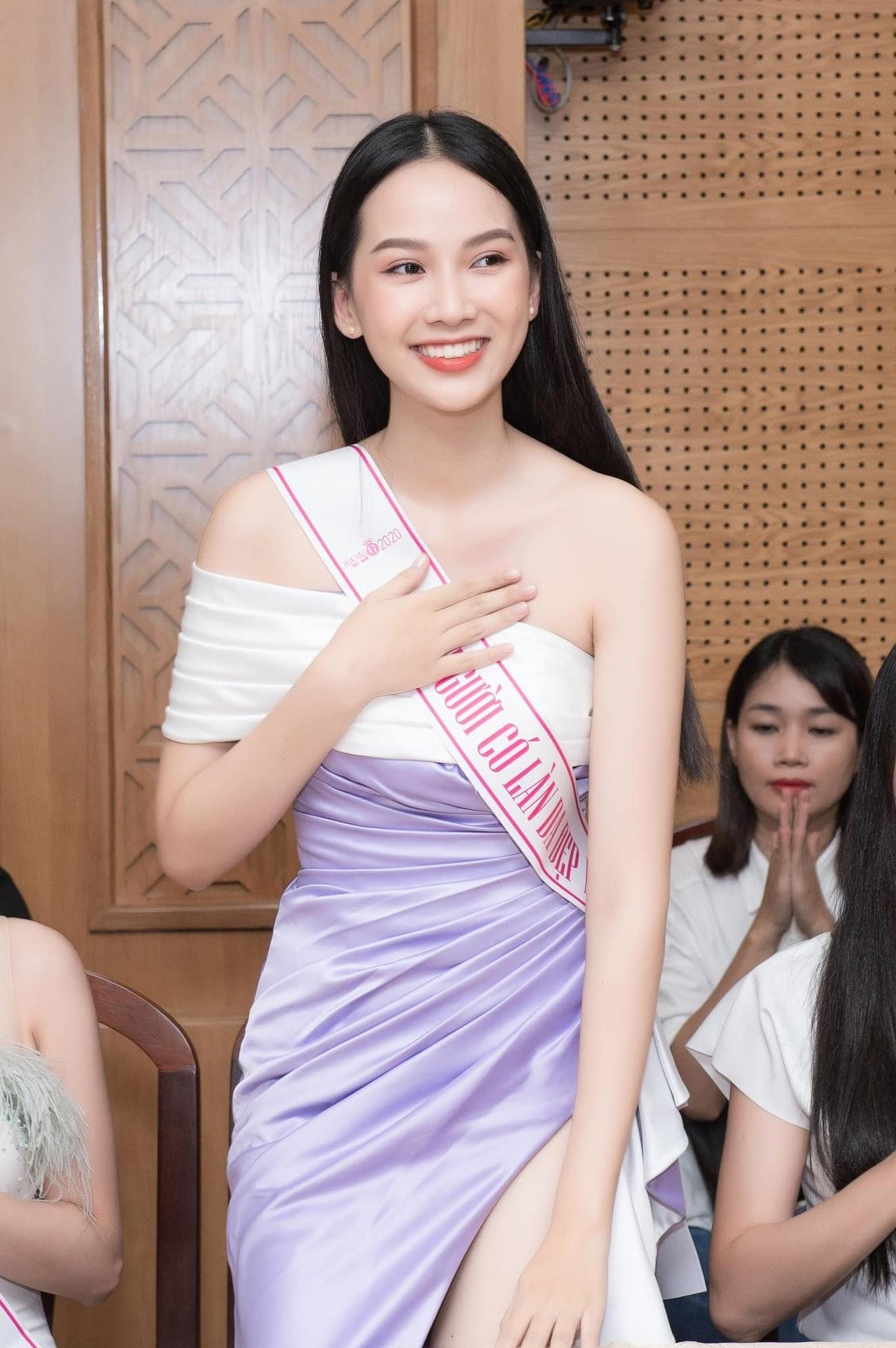 Ảnh cấp 3 cực xinh đẹp của 'Người đẹp có làn da đẹp nhất' Hoa hậu Việt Nam 2020 ảnh 13
