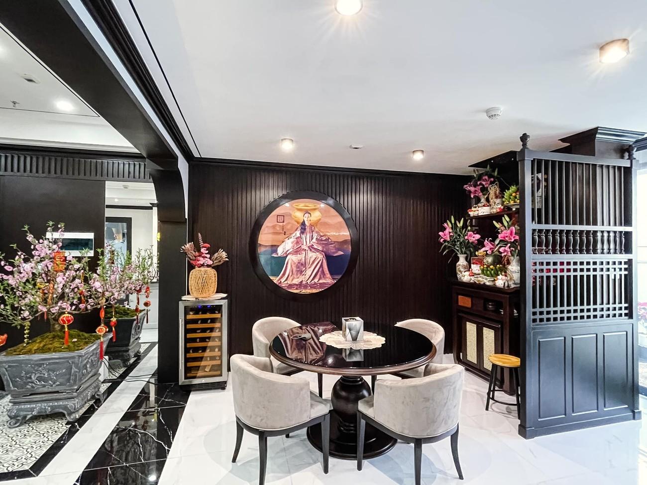 Cận cảnh căn hộ cao cấp, sang trọng như khách sạn của 'Quỳnh búp bê' Phương Oanh ảnh 1