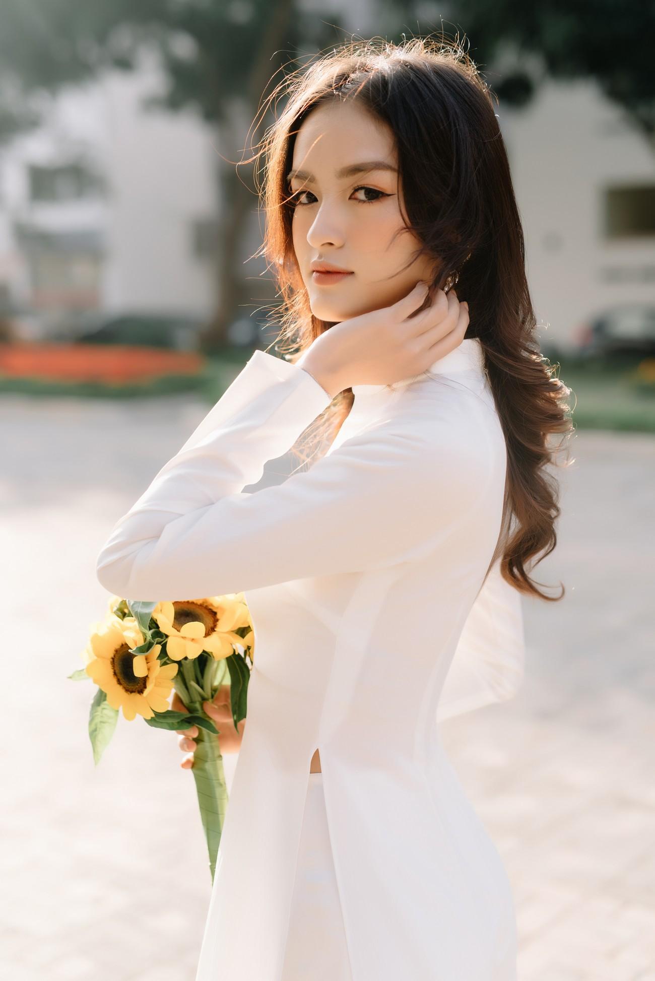 Hoa khôi Đại học Ngoại thương từng thi Hoa hậu Việt Nam 2020 giờ ra sao? ảnh 3