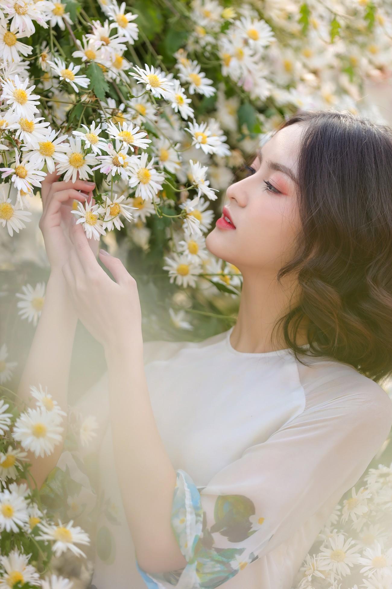 Hoa khôi Đại học Ngoại thương từng thi Hoa hậu Việt Nam 2020 giờ ra sao? ảnh 9