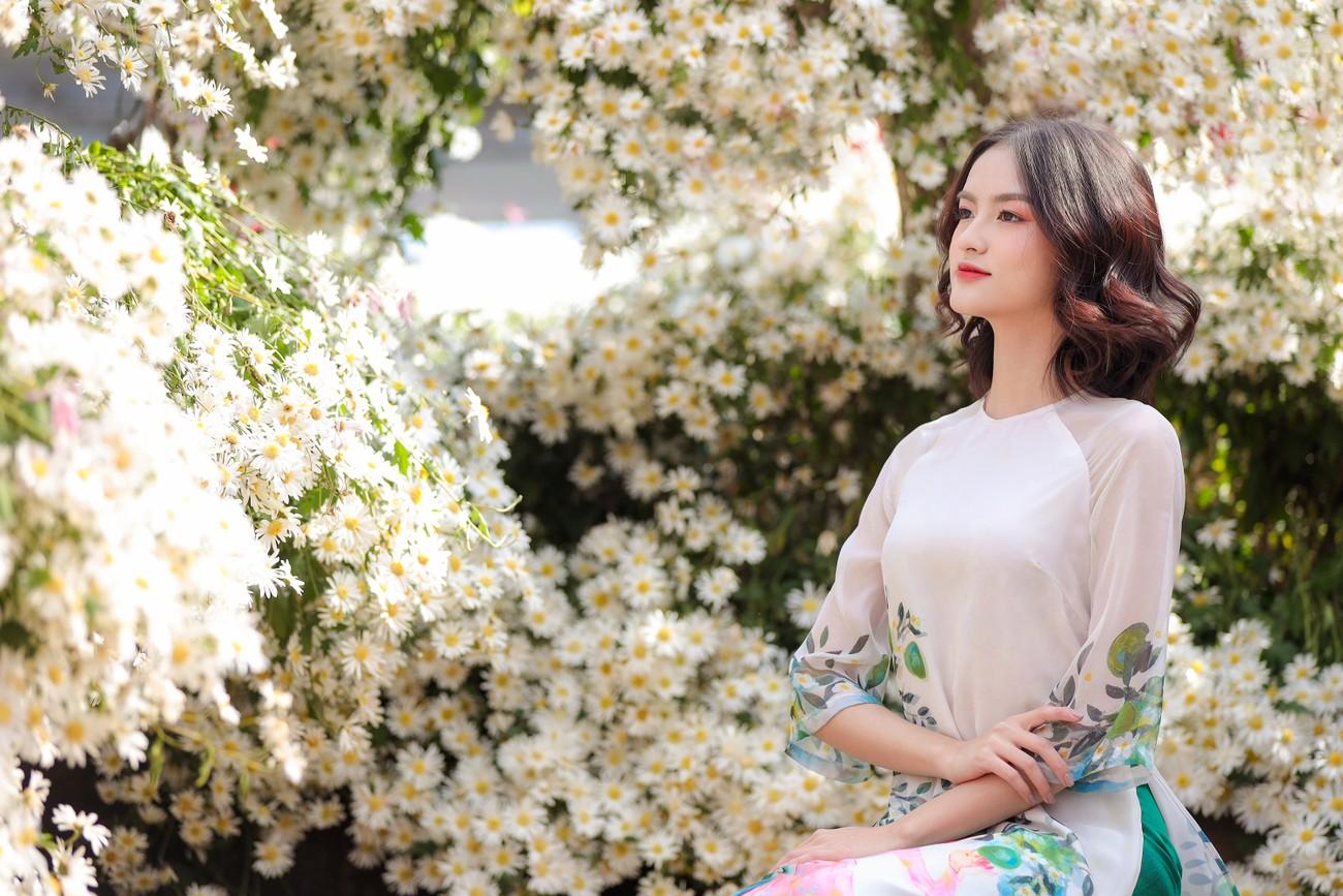 Hoa khôi Đại học Ngoại thương từng thi Hoa hậu Việt Nam 2020 giờ ra sao? ảnh 8