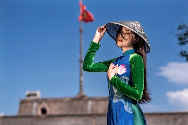 Những cô gái có mái tóc đẹp nhất Hoa hậu Việt Nam qua các mùa ảnh 13