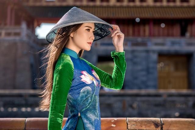 Những cô gái có mái tóc đẹp nhất Hoa hậu Việt Nam qua các mùa ảnh 14