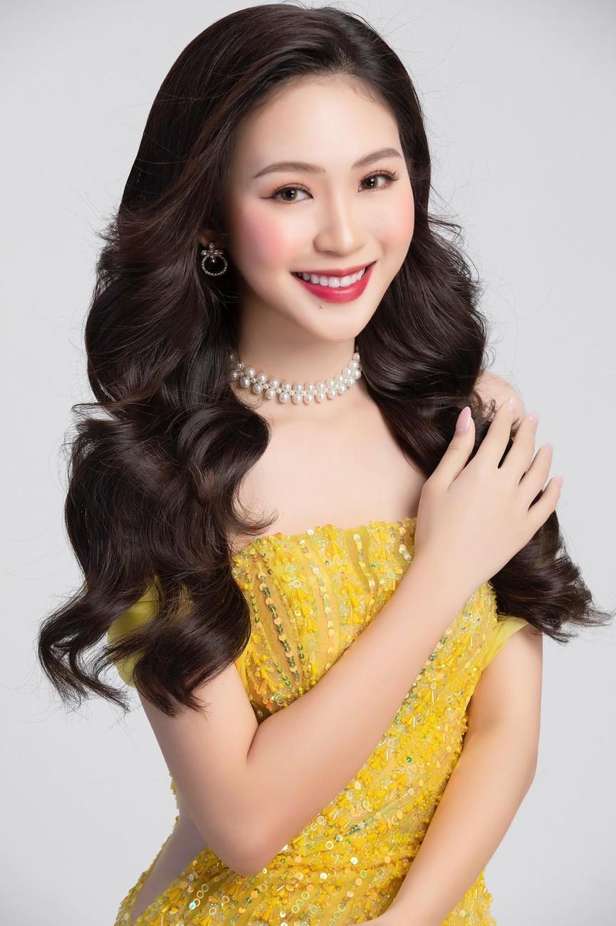 Hai người đẹp giành danh hiệu được yêu thích nhất của Hoa hậu Việt Nam là ai? ảnh 10