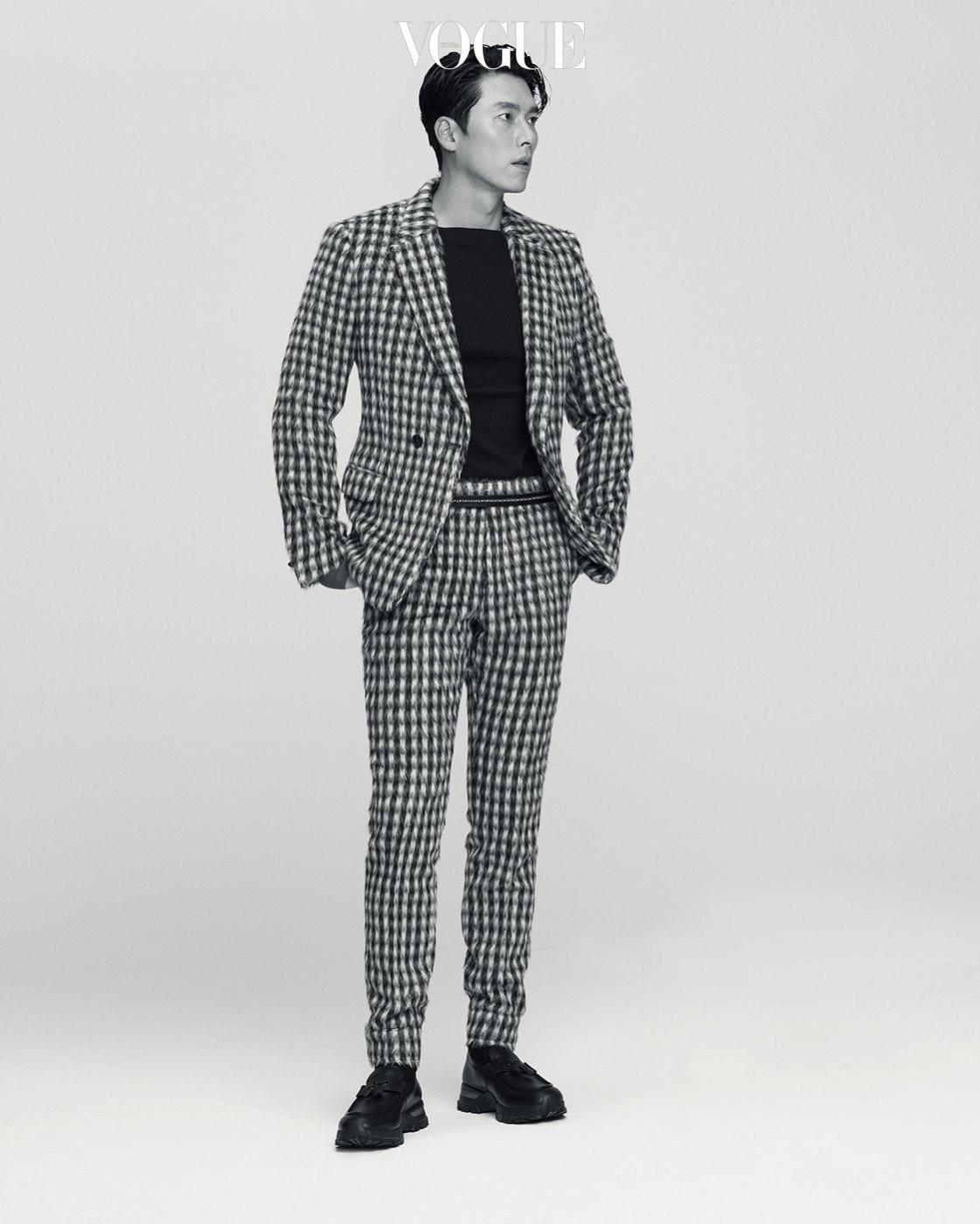 'Chị đẹp' Son Ye Jin tình tứ bên bạn trai cũ của Song Hye Kyo ảnh 11