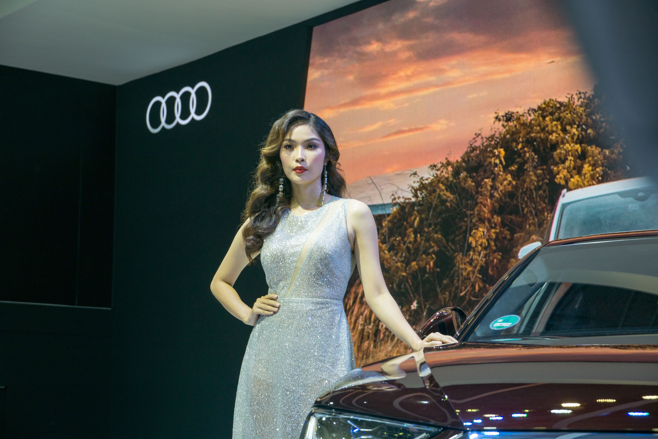 'Bóng hồng' khoe sắc tại triển lãm ôtô lớn nhất Việt Nam ảnh 4