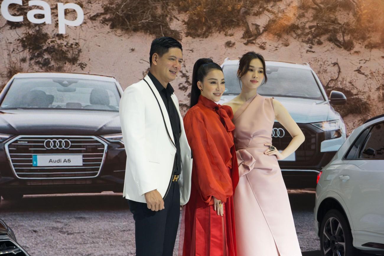 Dàn sao Việt xuất hiện lộng lẫy tại triển lãm VMS 2019 ảnh 4