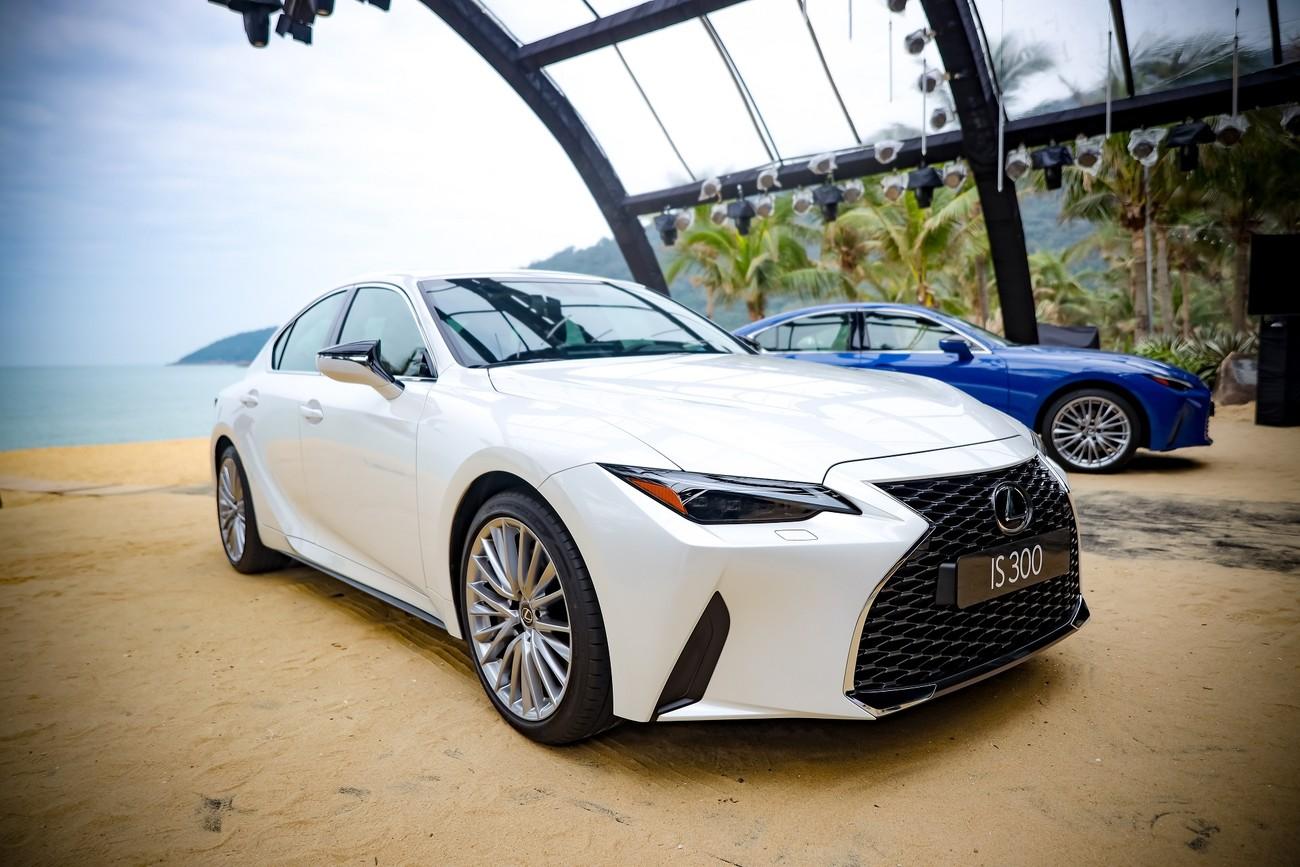 Hành trình chinh phục đèo Hải Vân cùng Lexus IS ảnh 7
