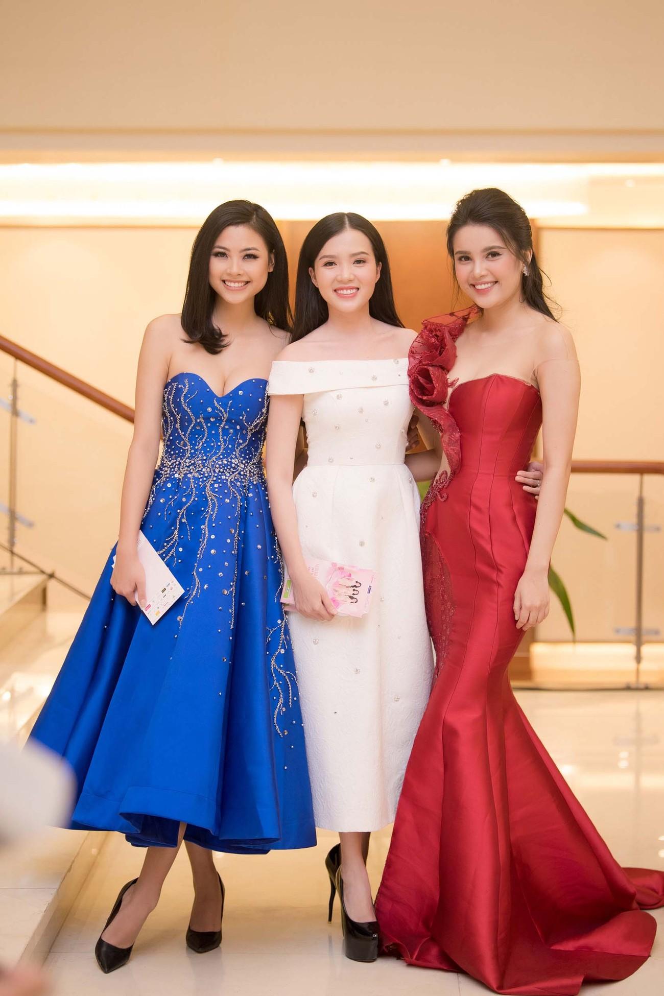 Dàn Hoa hậu, Á hậu lộng lẫy trên thảm đỏ Chung khảo HHVN phía Nam ảnh 5