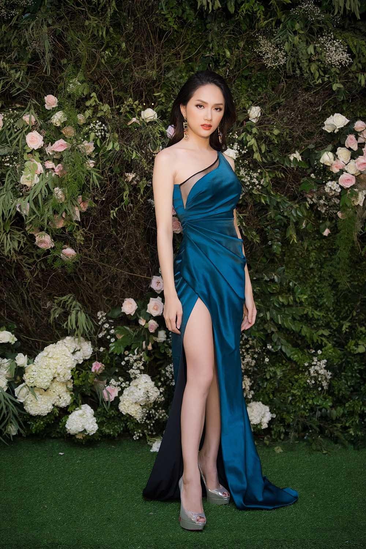 Hoa hậu Thu Thuỷ tái xuất, hội ngộ cùng dàn Hoa, Á hậu đình đám ảnh 9