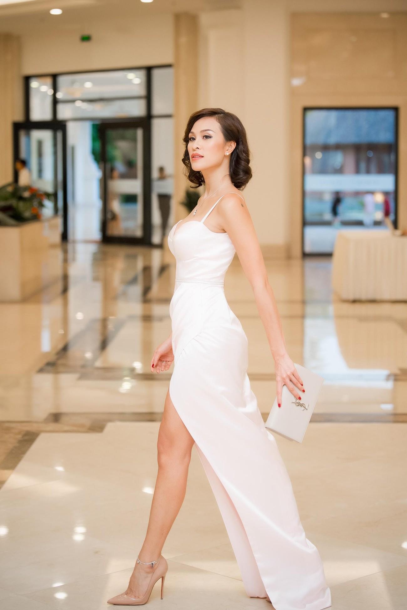 Hoa hậu Thu Thuỷ tái xuất, hội ngộ cùng dàn Hoa, Á hậu đình đám ảnh 11