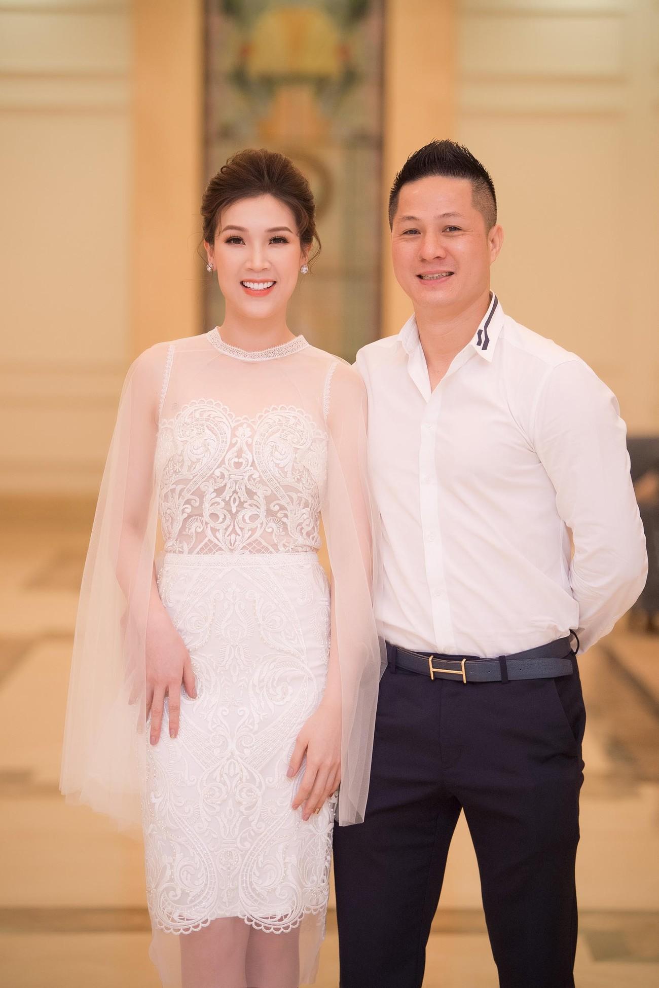 Hoa hậu Thu Thuỷ tái xuất, hội ngộ cùng dàn Hoa, Á hậu đình đám ảnh 14