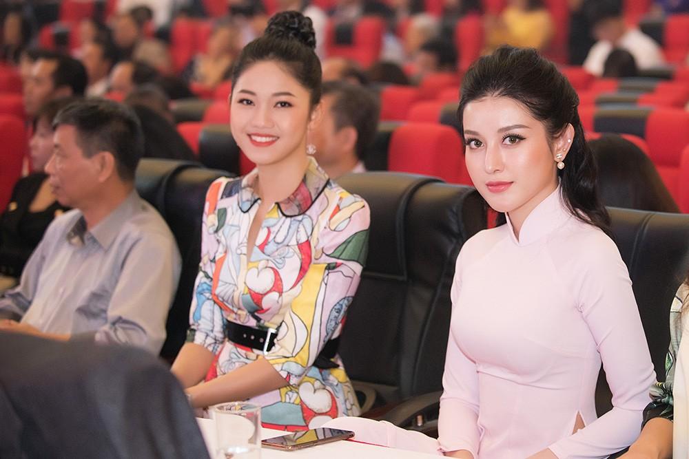 Dàn Á hậu lộng lẫy dự gặp mặt kỷ niệm 65 năm báo Tiền Phong ảnh 10