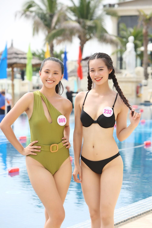 Thí sinh HHVN 2020 nóng bỏng với bikini trong phần thi bơi của 'Người đẹp Thể thao' ảnh 2
