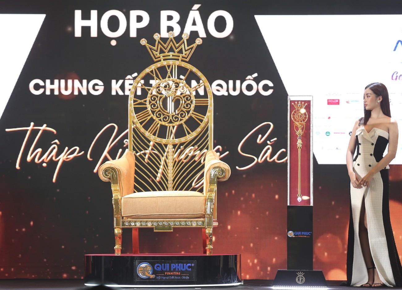 Những vật phẩm đăng quang độc đáo của tân Hoa hậu Việt Nam 2020 ảnh 14