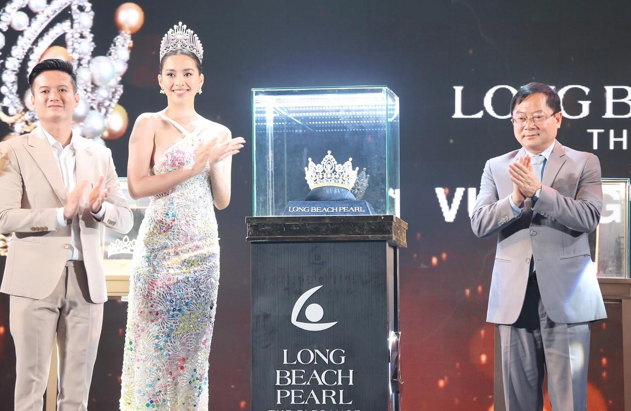 Những vật phẩm đăng quang độc đáo của tân Hoa hậu Việt Nam 2020 ảnh 15