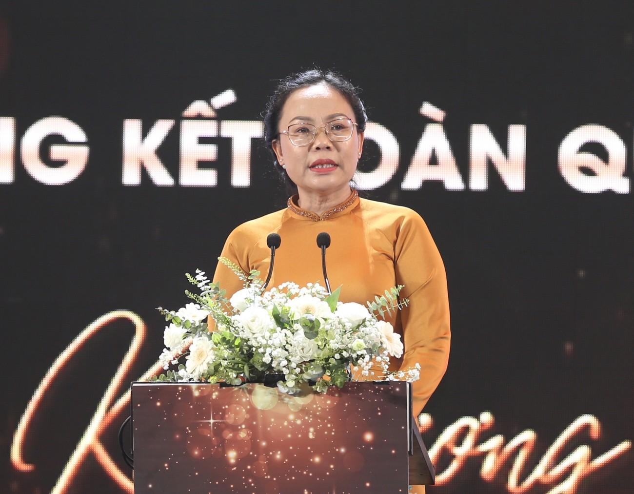Những vật phẩm đăng quang độc đáo của tân Hoa hậu Việt Nam 2020 ảnh 7