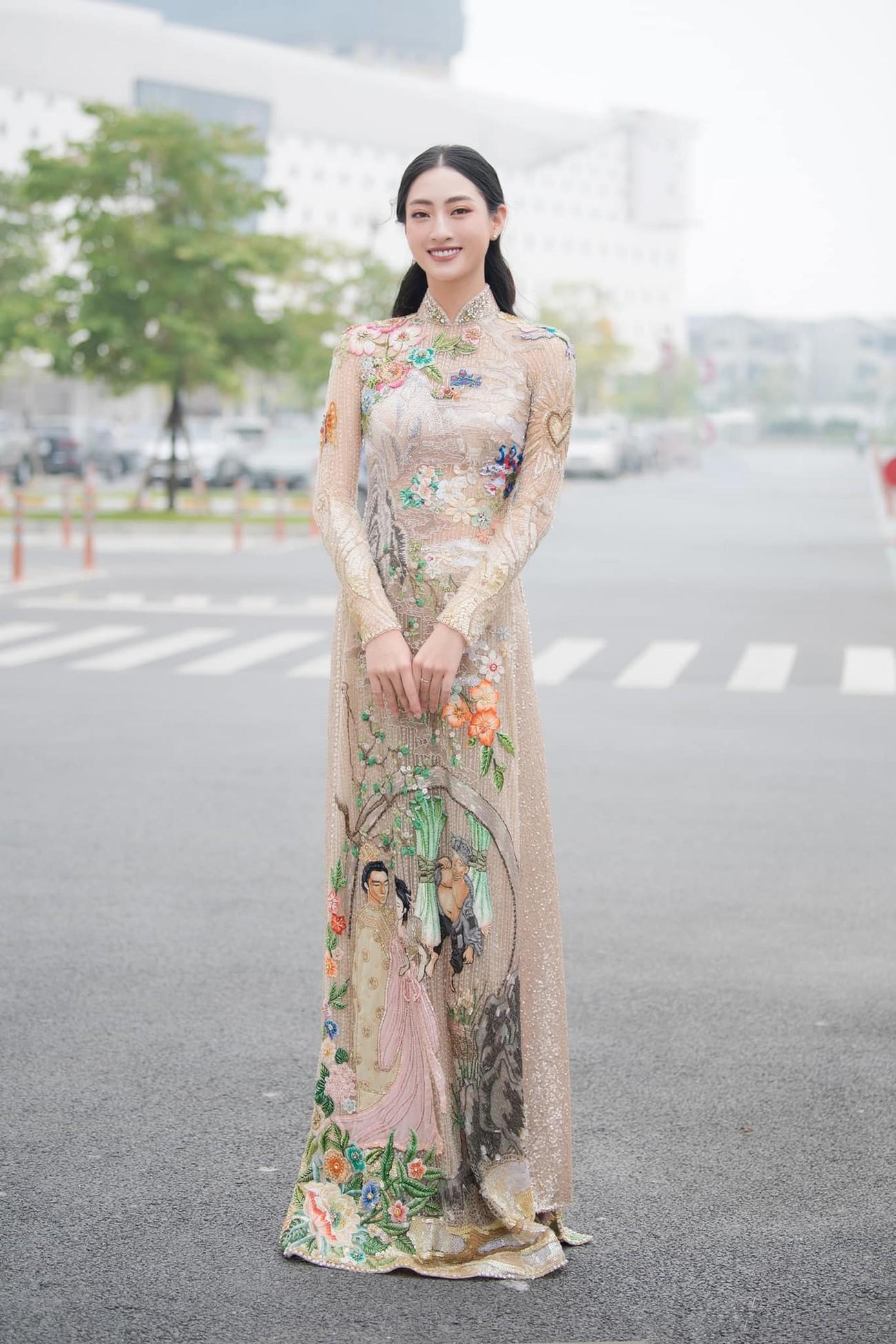 Hoa hậu Thuỳ Dung tái xuất xinh đẹp, Lương Thuỳ Linh diện áo dài đính kết lạ mắt ảnh 3