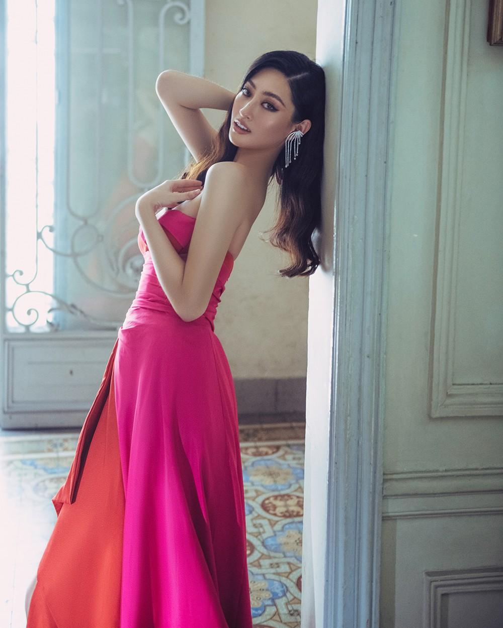 Body nuột nà và đôi chân 'cực phẩm' 1m22 của Miss World Vietnam Lương Thùy Linh ảnh 1