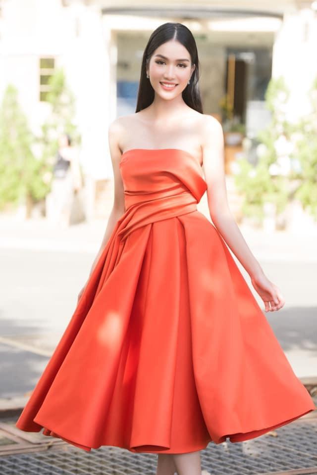 Gu thời trang 'thăng hạng' đầy gợi cảm của Á hậu Phương Anh sau 1 tháng nhận danh hiệu ảnh 4