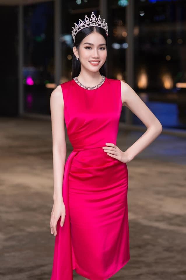 Gu thời trang 'thăng hạng' đầy gợi cảm của Á hậu Phương Anh sau 1 tháng nhận danh hiệu ảnh 5