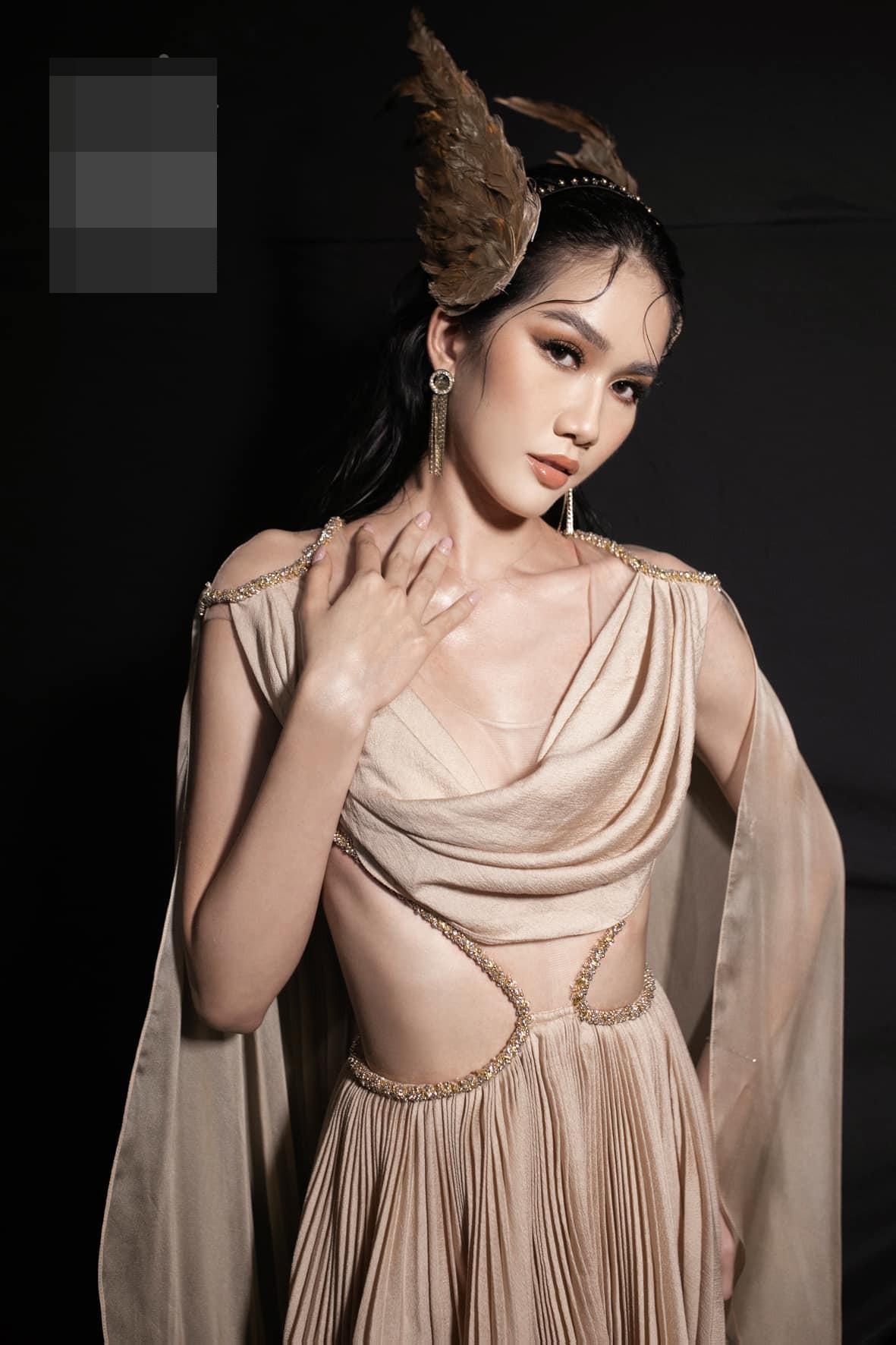 Gu thời trang 'thăng hạng' đầy gợi cảm của Á hậu Phương Anh sau 1 tháng nhận danh hiệu ảnh 10