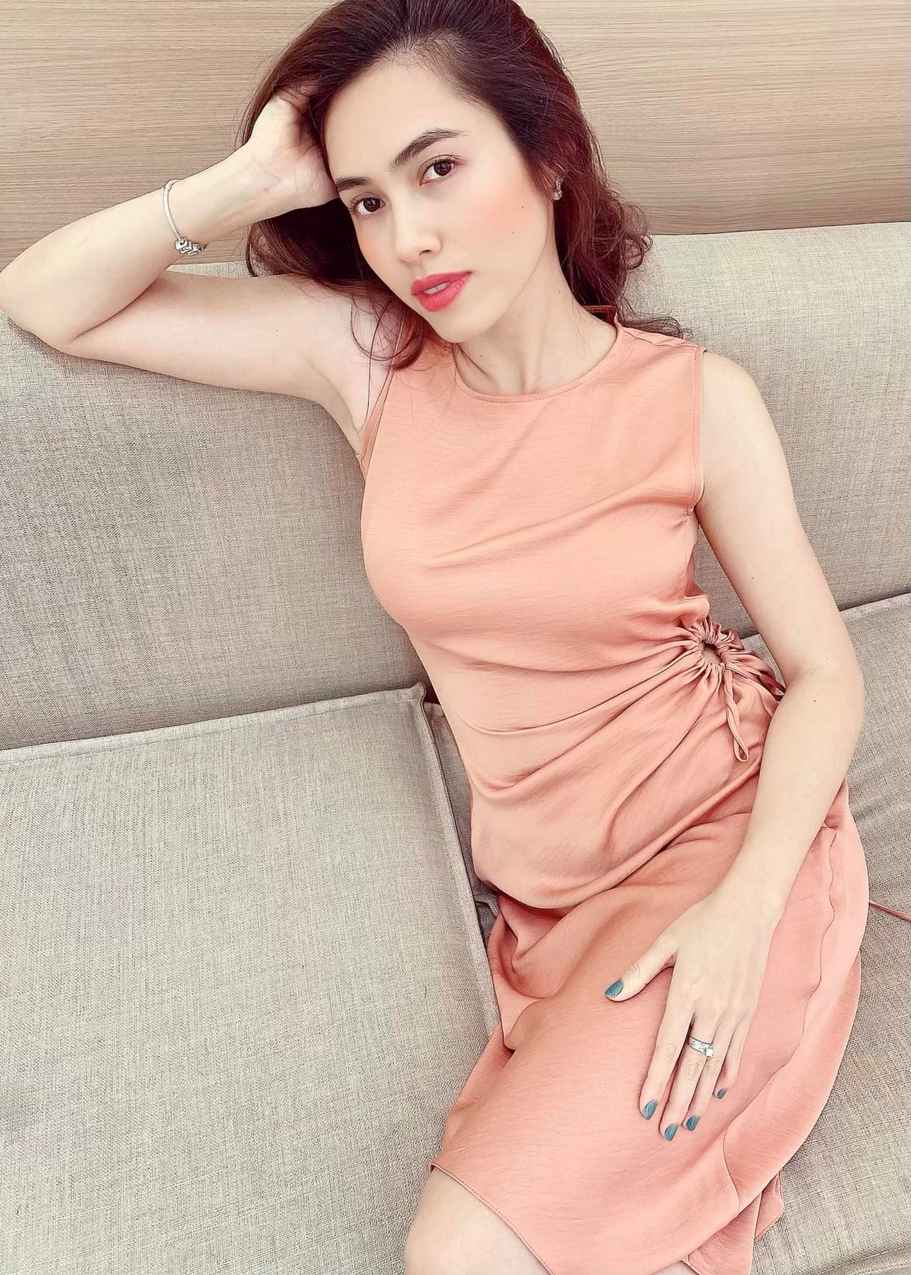 Dàn Hoa hậu, Á hậu chia sẻ cảm xúc đặc biệt trước khi chia tay năm 2020 đầy biến động ảnh 8