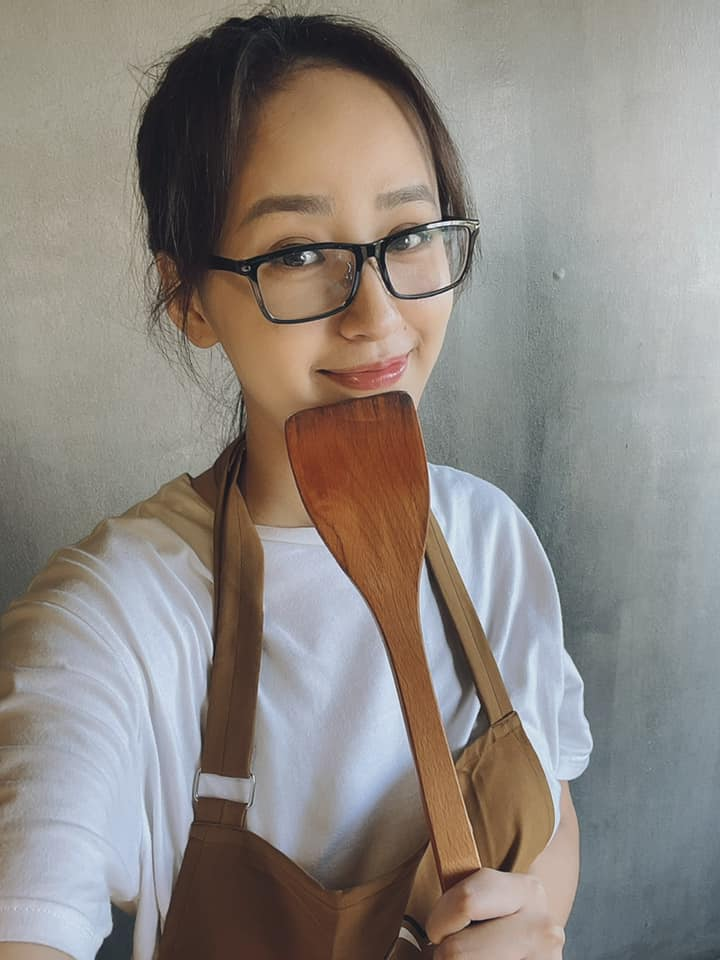 Người đẹp Thể thao Phù Bảo Nghi diện váy xẻ táo bạo, Lương Thùy Linh quấn khăn làm váy ảnh 14