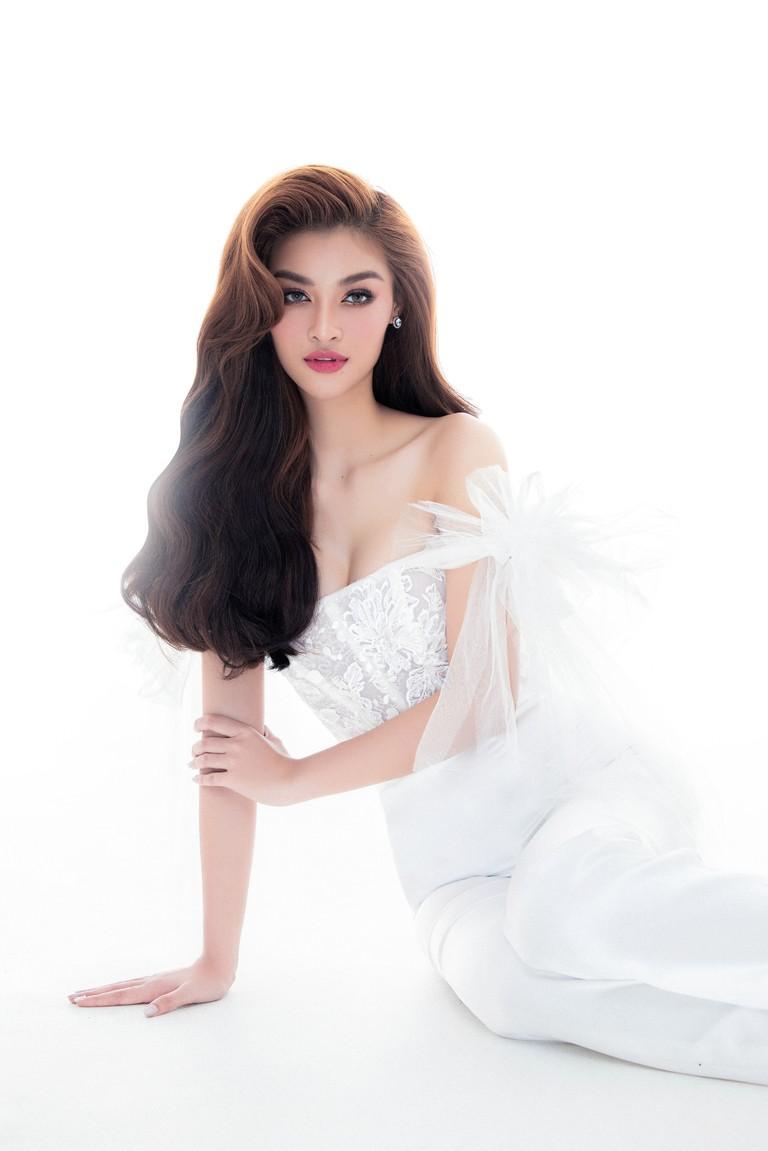 Kiều Loan thăng hoa với thần thái chuẩn Beauty Queen sau khi được đề cử 'Ngôi sao của năm' ảnh 2