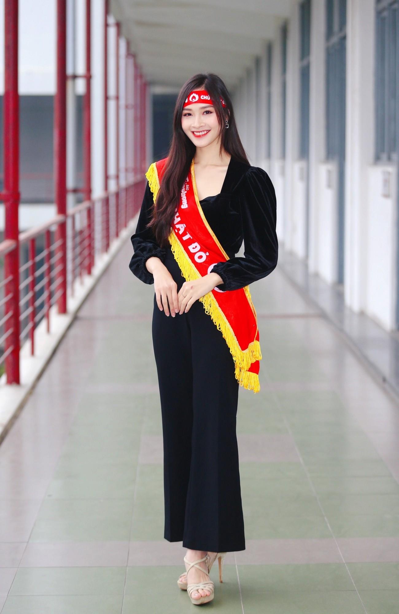 Hoa hậu Đỗ Thị Hà và Á hậu Phương Anh, Ngọc Thảo giản dị vẫn cực xinh đẹp ảnh 13