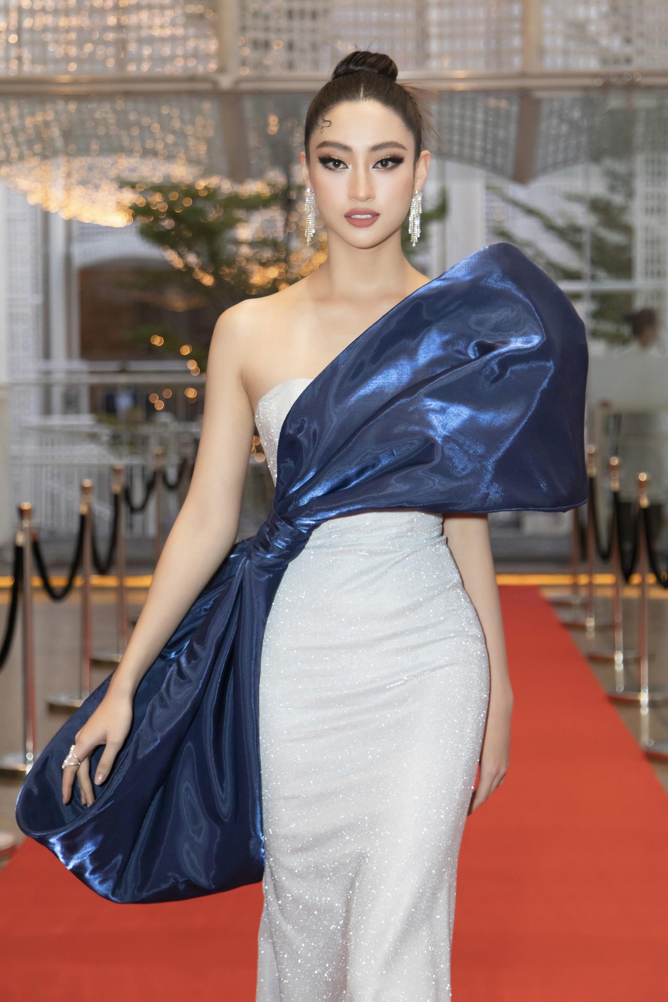 Top 3 Hoa hậu Việt Nam 2020 mặc váy cắt xẻ gợi cảm, đọ sắc Lương Thuỳ Linh-Kiều Loan ảnh 13