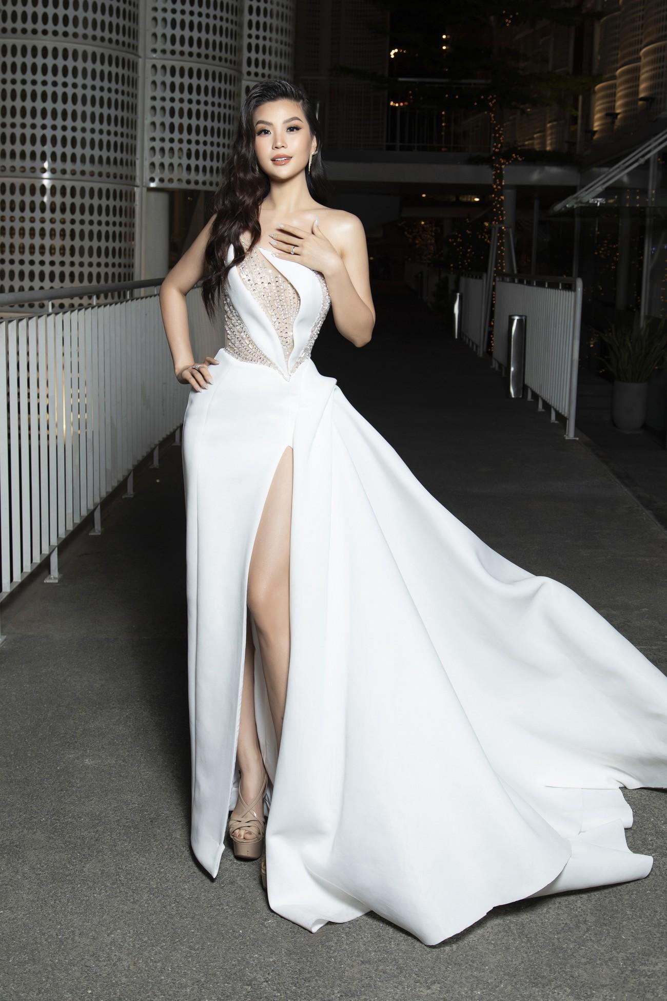 Top 3 Hoa hậu Việt Nam 2020 mặc váy cắt xẻ gợi cảm, đọ sắc Lương Thuỳ Linh-Kiều Loan ảnh 16