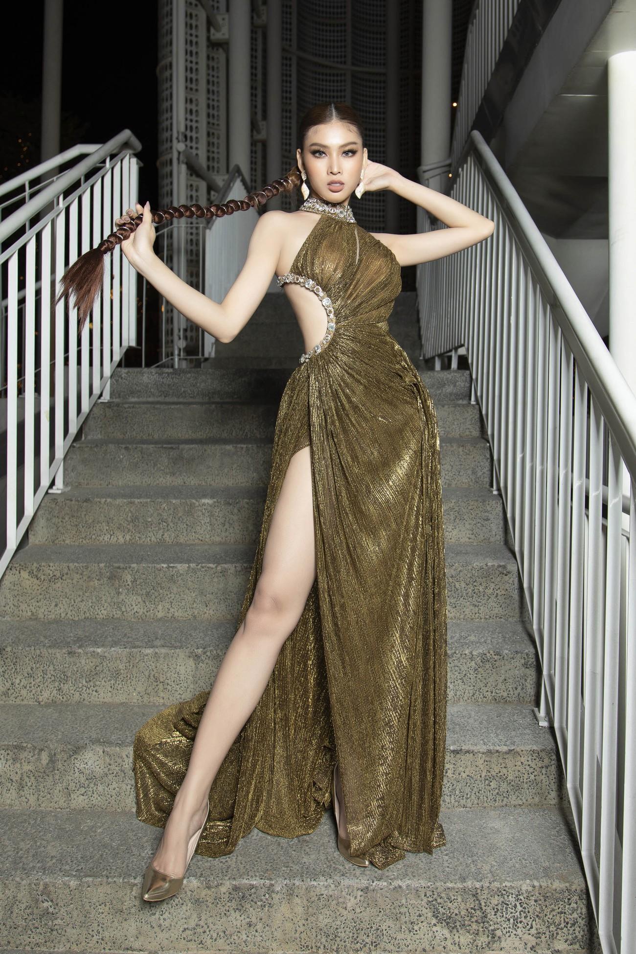 Top 3 Hoa hậu Việt Nam 2020 mặc váy cắt xẻ gợi cảm, đọ sắc Lương Thuỳ Linh-Kiều Loan ảnh 10