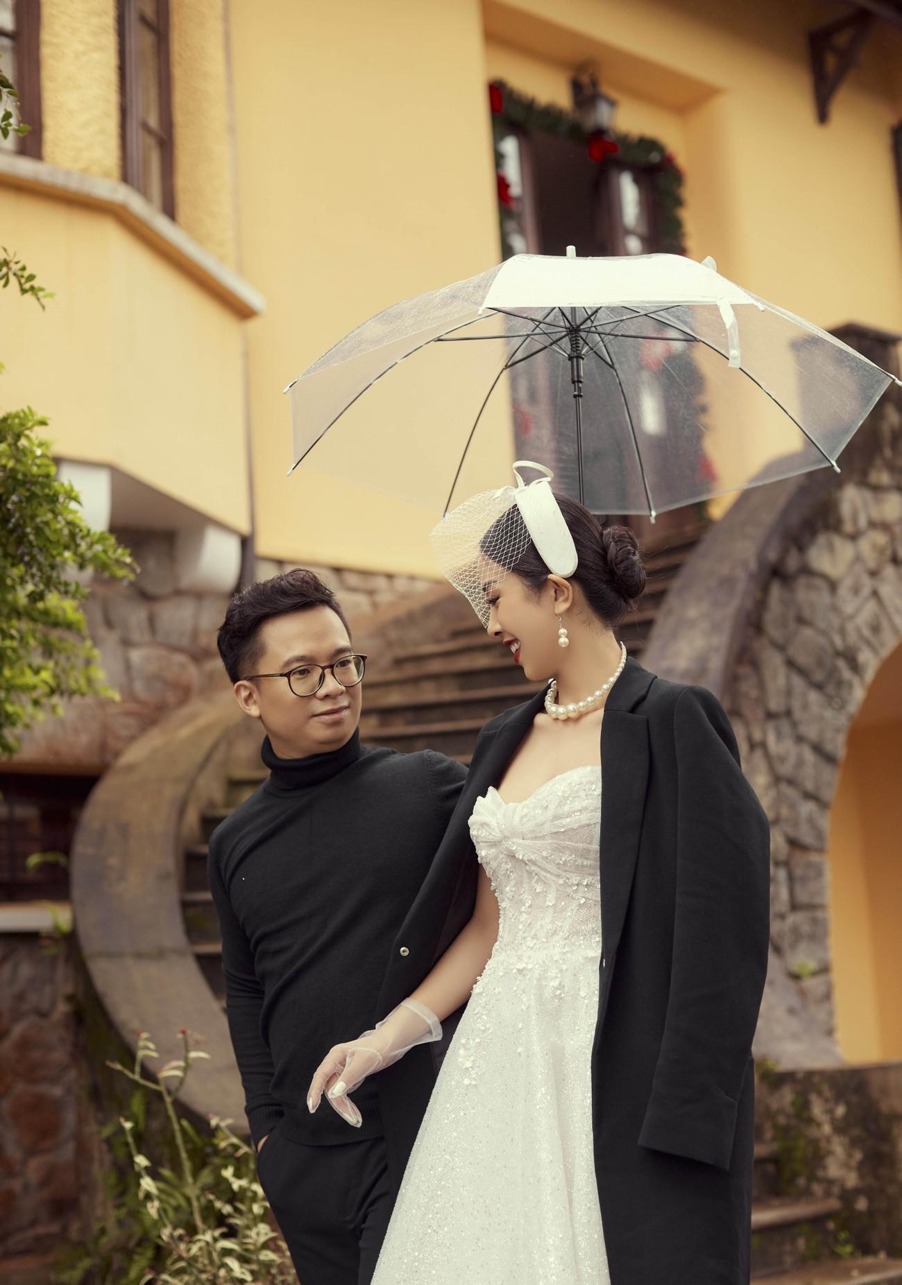 Á hậu Thúy An tiếp tục tung ảnh cưới 'tình bể bình' ở Đà Lạt trước thềm hôn lễ ảnh 9