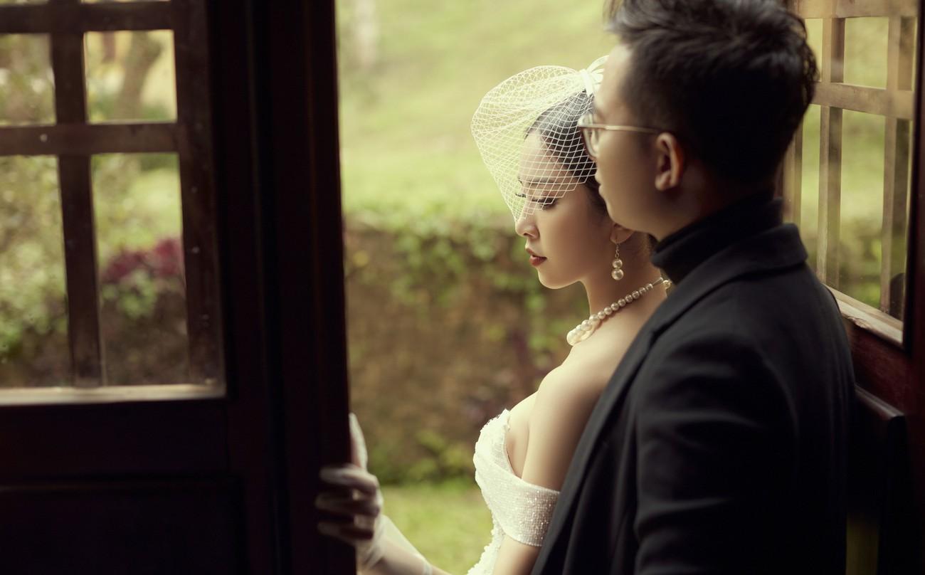 Á hậu Thúy An tiếp tục tung ảnh cưới 'tình bể bình' ở Đà Lạt trước thềm hôn lễ ảnh 2