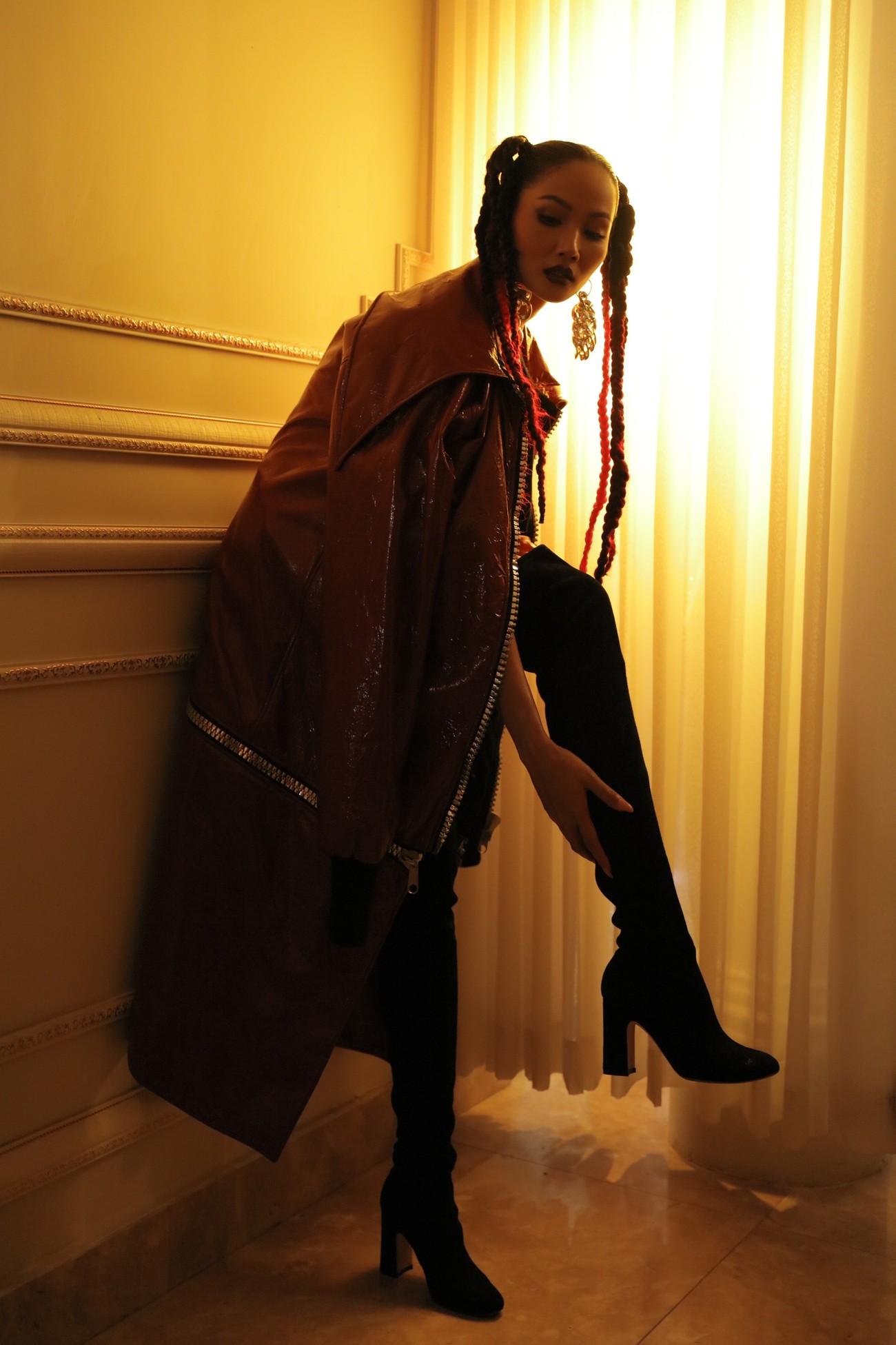 H'Hen Niê tái xuất với phong cách đường phố, mặc áo crop-top khoe hình thể nóng bỏng ảnh 10