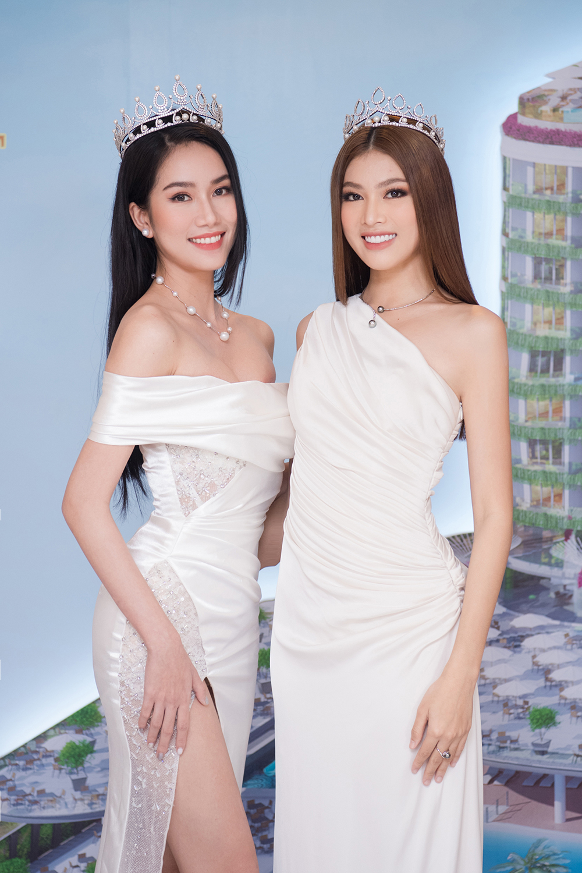Top 3 Hoa hậu Việt Nam 2020 khoe vai trần quyến rũ 'gây thương nhớ' ảnh 12