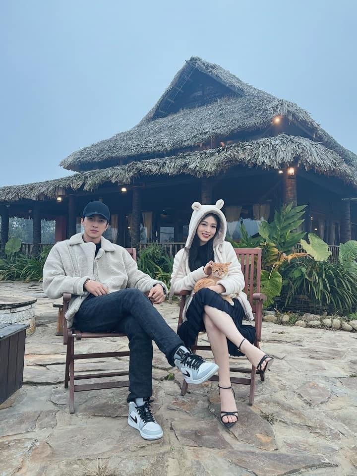 Hoa hậu Đỗ Thị Hà để mặt mộc vẫn đẹp rạng rỡ, H'hen Niê hoá 'nàng Xuân' với áo tứ thân ảnh 13
