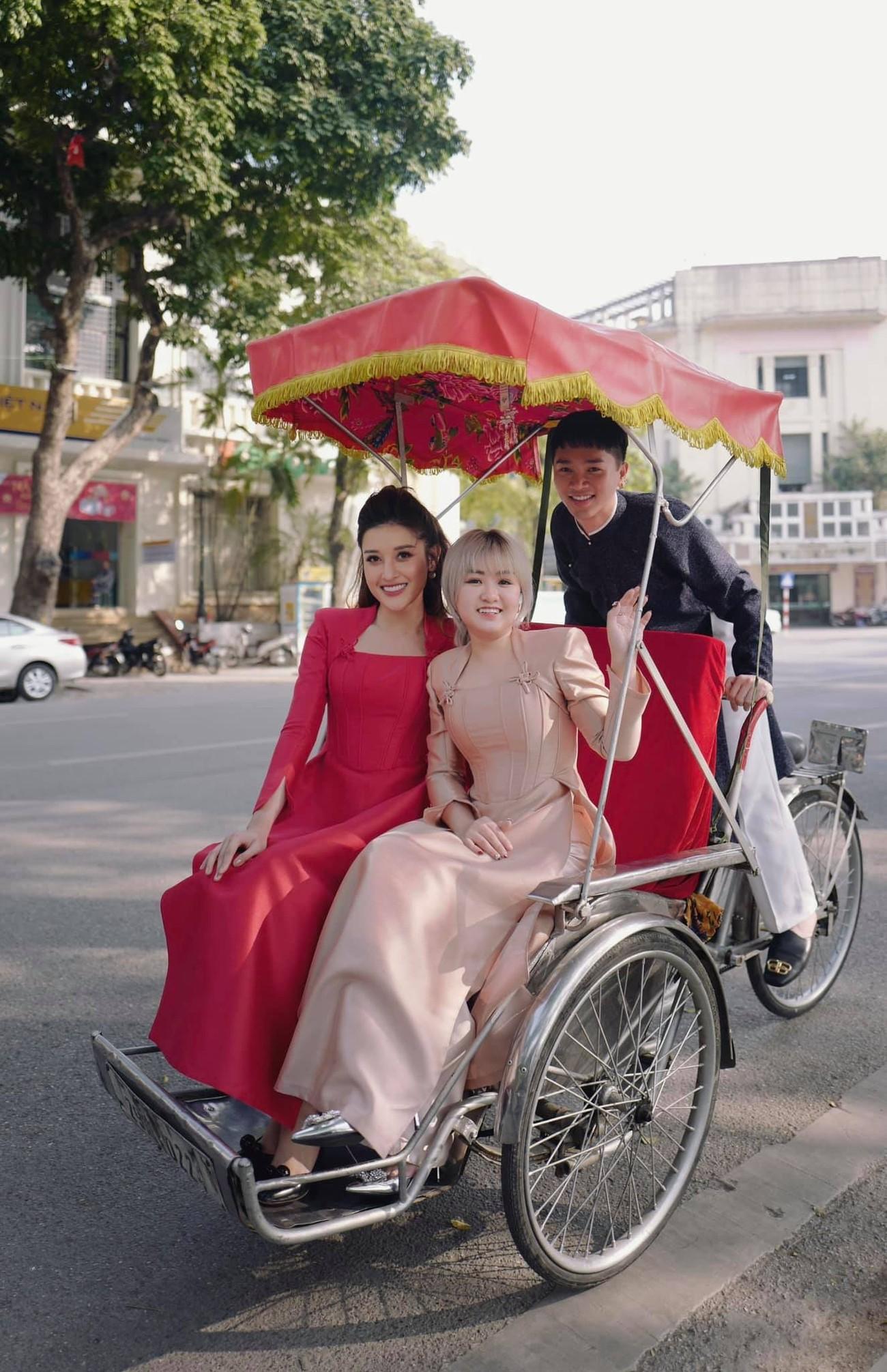 Hoa hậu Đỗ Thị Hà xinh đẹp nền nã với áo dài, H'Hen Niê hoá búp bê barbie nóng bỏng ảnh 11