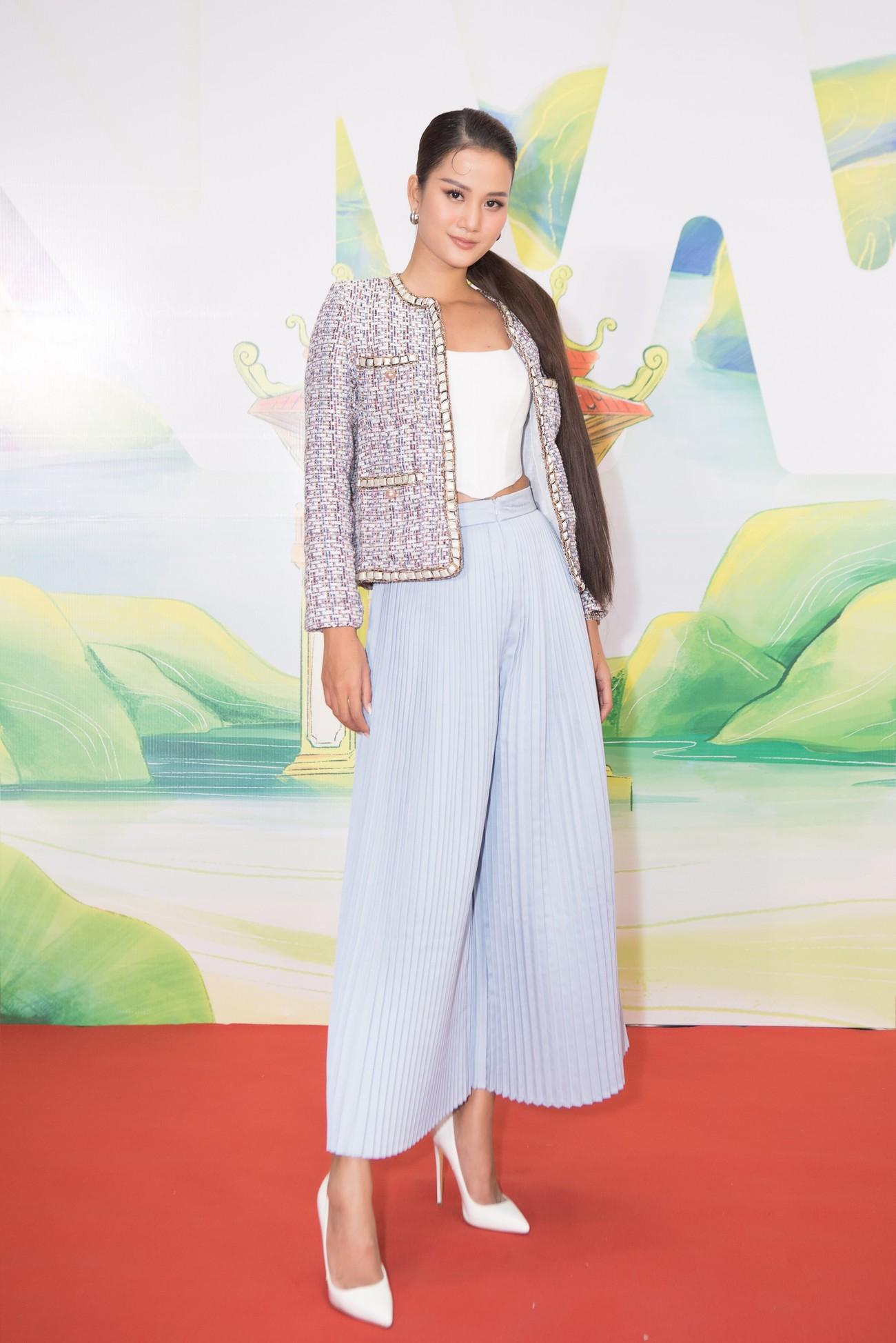 Khánh Vân, Võ Hoàng Yến, Hoàng My diện váy xẻ bạo khoe chân dài nóng bỏng ảnh 14