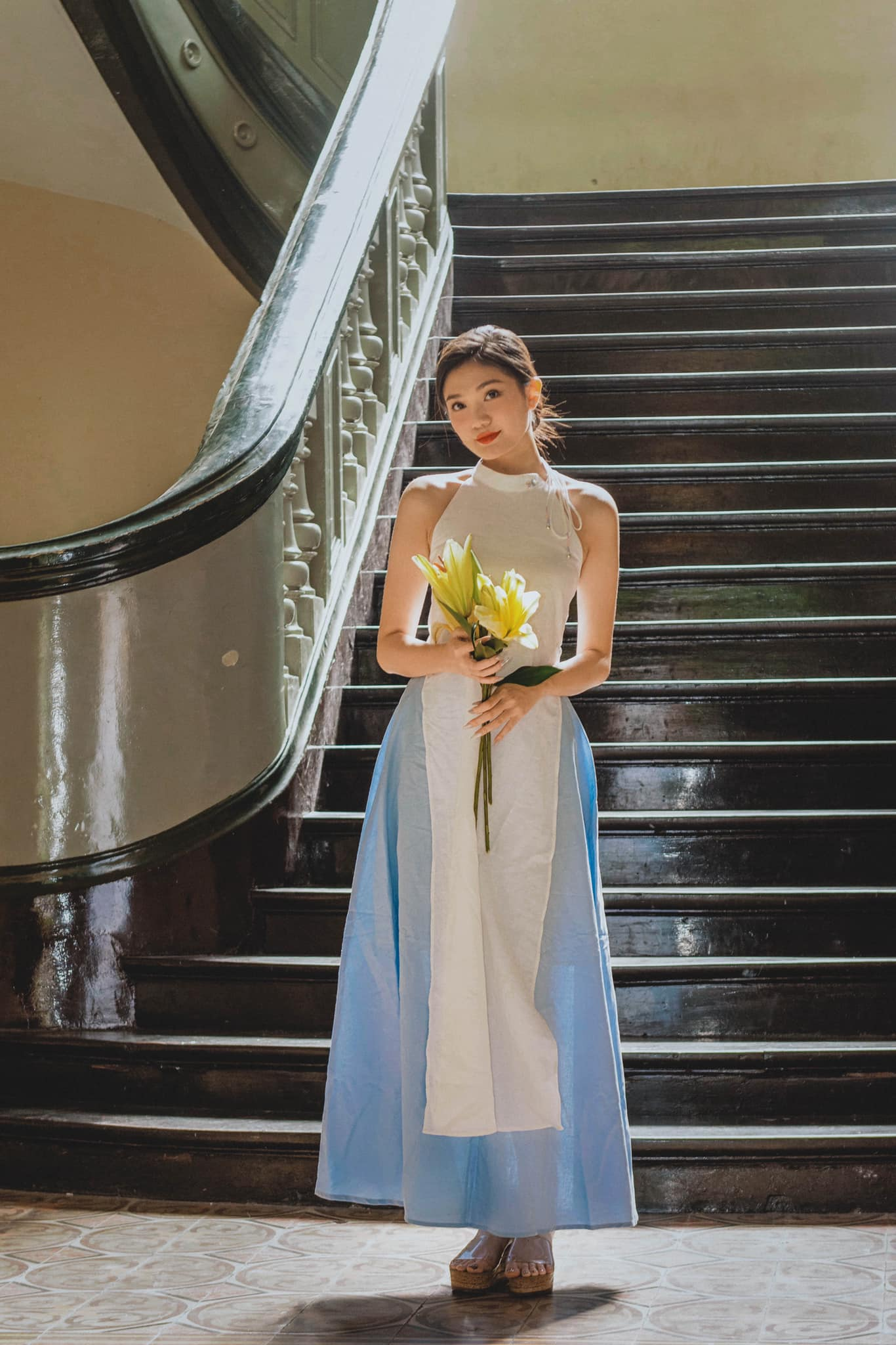 Dàn người đẹp của HHVN 2020 khoe nhan sắc đẹp hút hồn với áo dài Tết ảnh 14