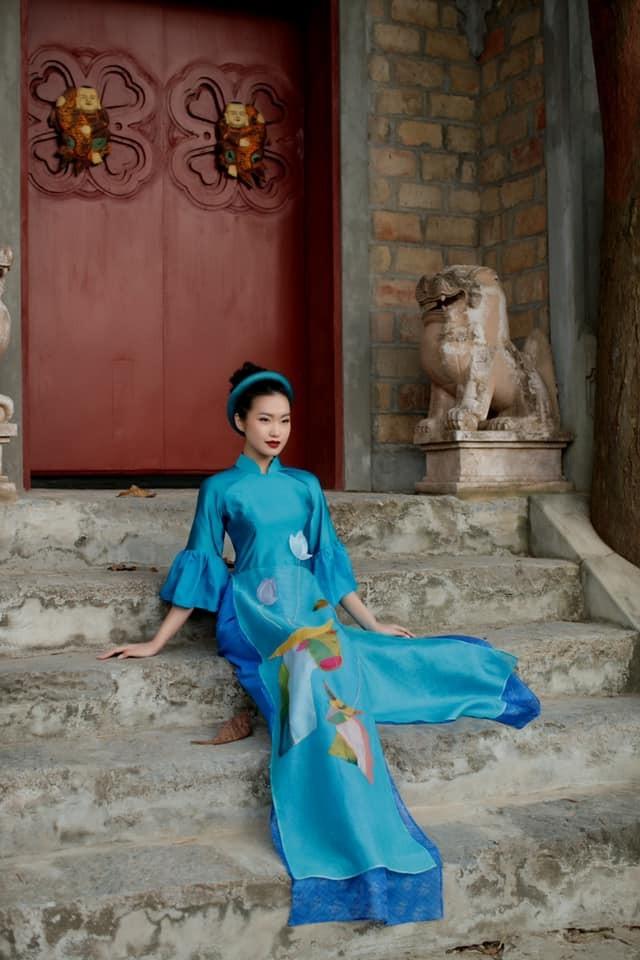 Dàn người đẹp của HHVN 2020 khoe nhan sắc đẹp hút hồn với áo dài Tết ảnh 5