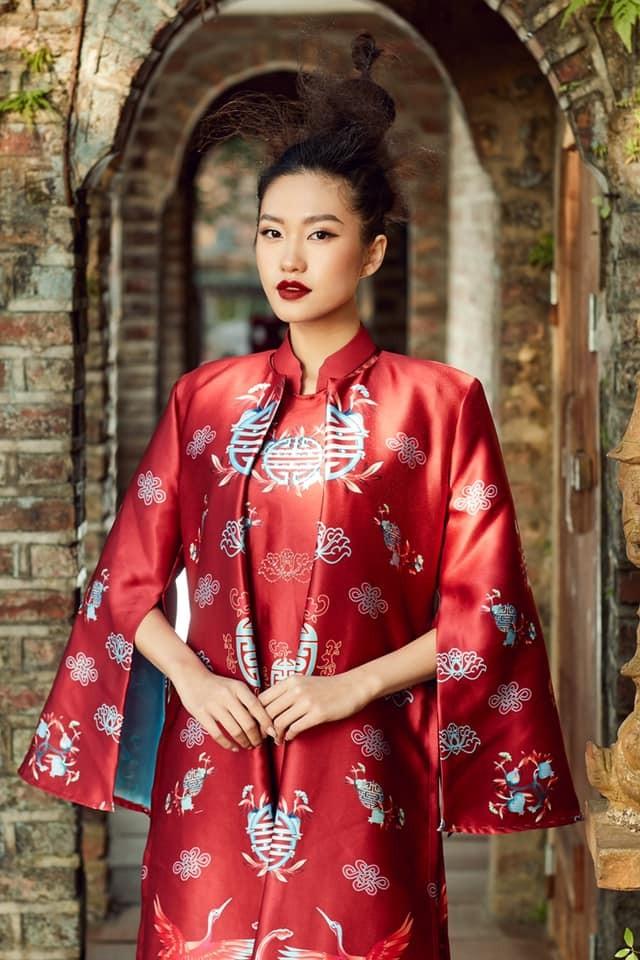 Dàn người đẹp của HHVN 2020 khoe nhan sắc đẹp hút hồn với áo dài Tết ảnh 4