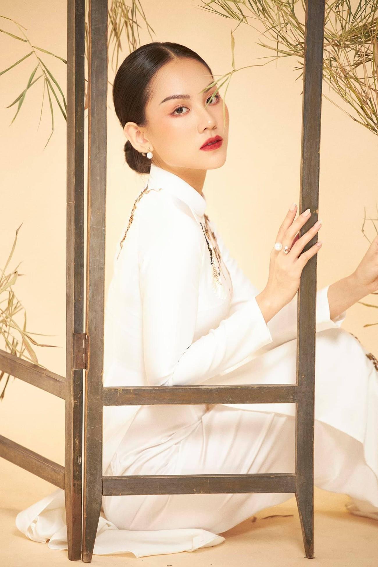 Dàn người đẹp của HHVN 2020 khoe nhan sắc đẹp hút hồn với áo dài Tết ảnh 8