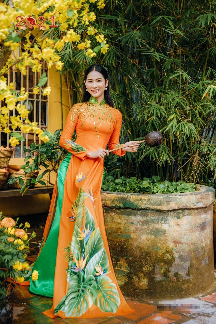 Dàn người đẹp của HHVN 2020 khoe nhan sắc đẹp hút hồn với áo dài Tết ảnh 16